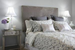 Linge de lit avec housse de couette - décoration chambre à coucher